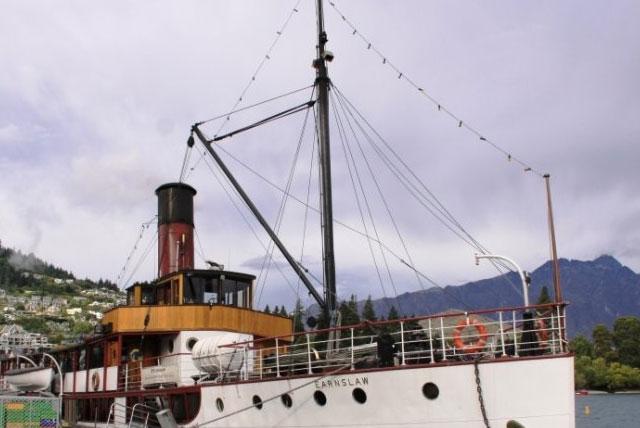 日内瓦号蒸汽船