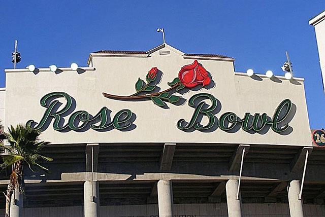 玫瑰碗球场