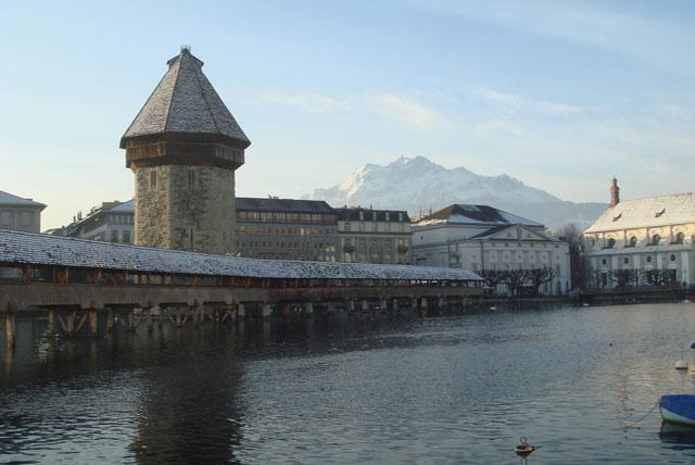 因特拉肯城堡