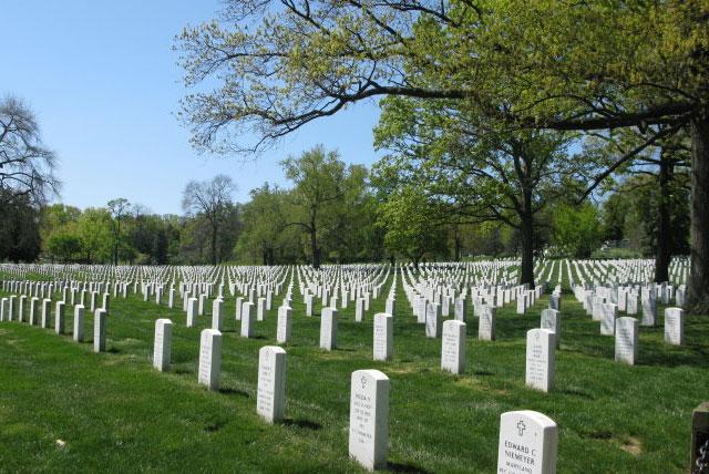 阿灵顿国家公墓