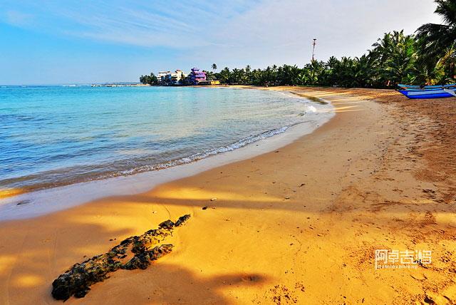 希卡杜瓦沙滩
