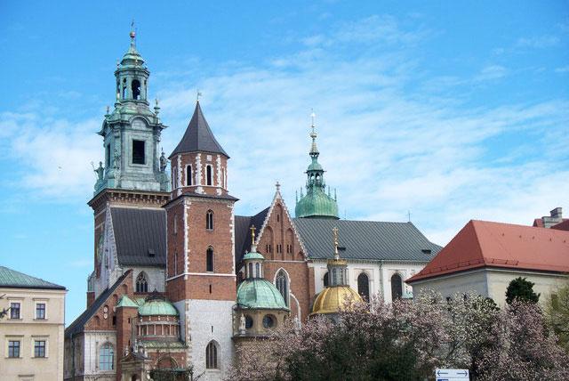 瓦维尔教堂和博物馆