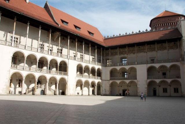 瓦维尔城堡-东方艺术展览