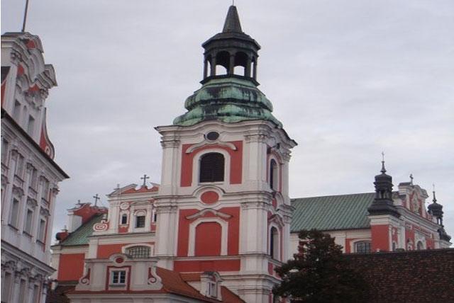 圣斯坦尼斯洛斯教区教堂