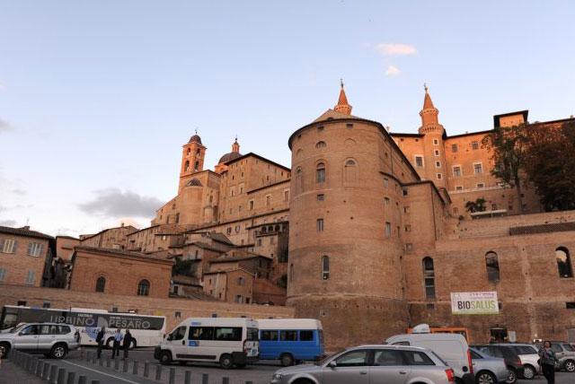 乌尔法城堡