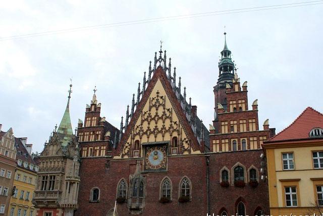 市政厅和市民艺术博物馆