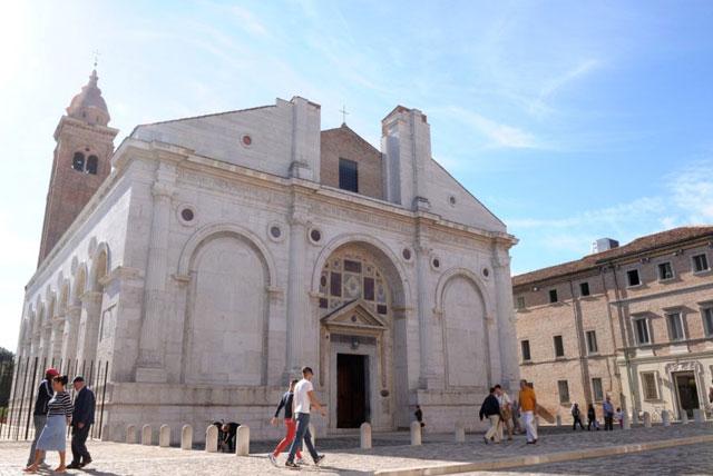 马拉泰斯塔诺教堂