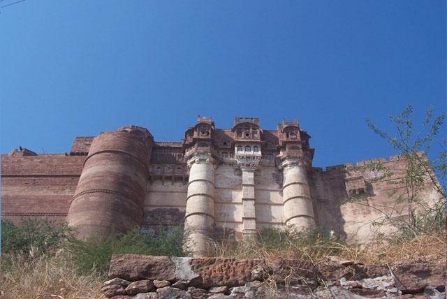 梅兰加尔古堡