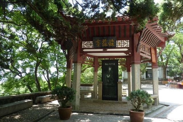 九江石钟山