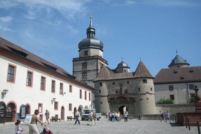 玛利恩城堡