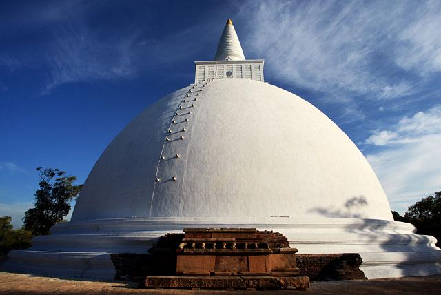 阿努拉德普勒菩提树寺
