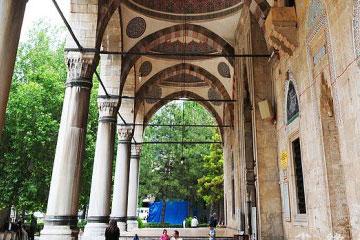 穆罕默德・帕夏清真寺