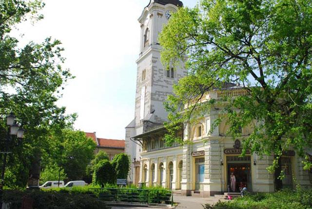 凯奇凯梅特市政厅