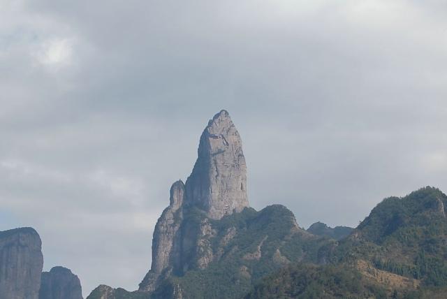 楠溪江天柱岩