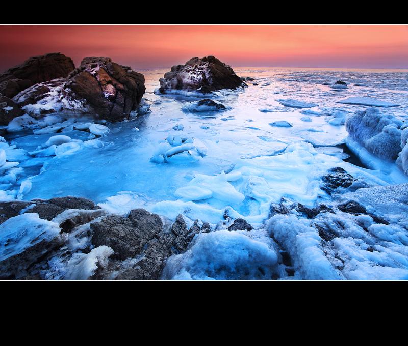 燃烧的冰海――北戴河冬日日出