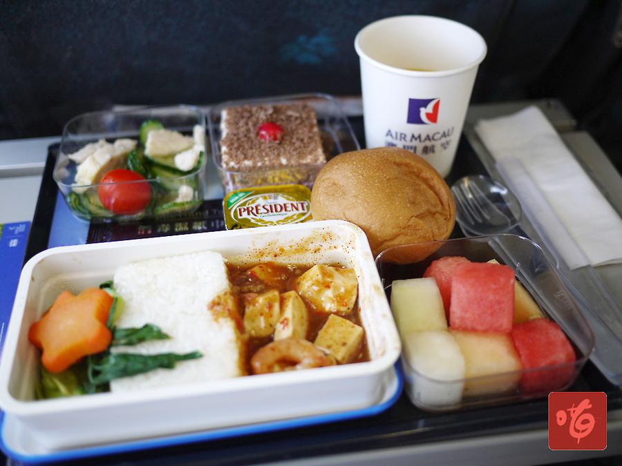 中午起飞的航班最重要是有飞机餐吃